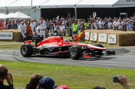 Marussia - Cosworth MR-02