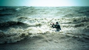 Kite Surfer