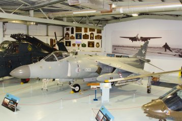 Sea Harrier FA2 (XZ499)
